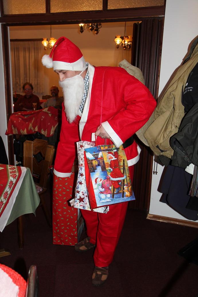 Der Weihnachtsmann hat sich für den Bezirk 01 sehr viel Zeit genommen